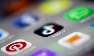 """Socialiniai tinklai 2020: stebinantis """"TikTok"""" fenomenas"""