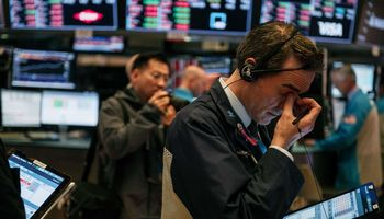 JAV indeksai nėrė dar žemiau – per dvi dienas prarasta 6%