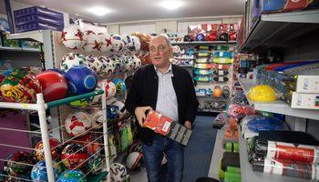 E. parduotuvę pradėjo nuo prekių suaugusiems – dabar valdo kelias ir nuosavą prekės ženklą