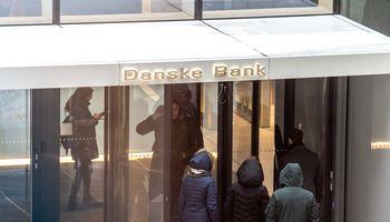 """""""Danske Bank"""" ruošiasi atleidimams Lietuvoje, bet paslaugų centro beveik nelies"""