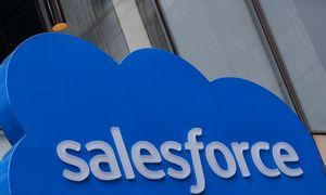 "Iširo ""Salesforce"" CEO duetas"