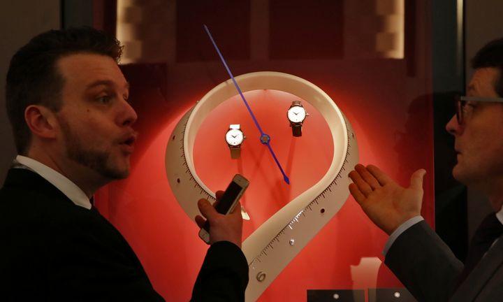 Atšaukiama Ženevos laikrodžių paroda