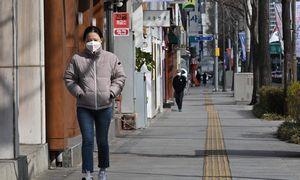 Keturios Europos šalys skelbiaapie pirmuosius užsikrėtimo koronavirusu atvejus
