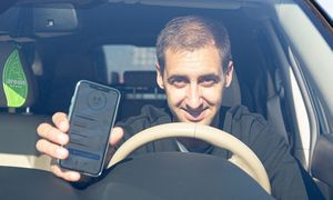 """""""Ubitela"""" pasiūlė draudimo kainą nustatyti pagal vairavimo stilių"""
