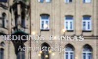 Medicinos banko pelnas augo dviženkle išraiška