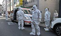 Pietų Korėjoje užsikrėtusiųjų koronavirusu – per 2.000, Kinijoje protrūkio tempas lėtėja