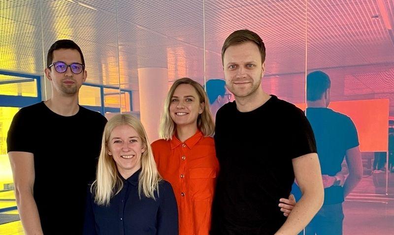 """""""Billo.app"""" komanda (iš kairės) T.Deksnys, I.Dirvonskaitė, A.Bulybenko ir D.Smailys. Bendrovės nuotr."""