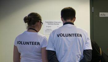 Telkia savanorius kovai su COVID-19