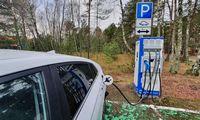Elektromobilių pirkėjams duos pinigų ir džiaugsis pakartoję estų sėkmę