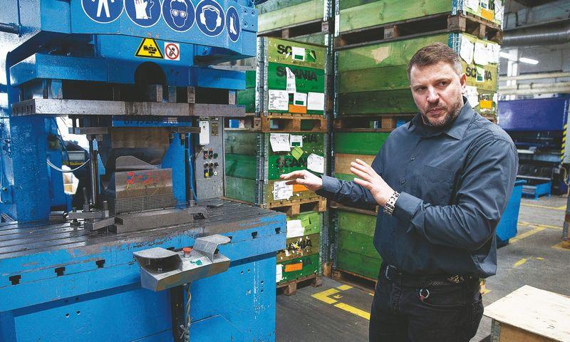"""Liutauras Variakojis, UAB """"Nitator-SLT"""" direktorius: """"Europoje automobilių pramonės gamyklos dviem savaitėms sustabdytos, todėl ir mes stojame dviem savaitėms."""" Vladimiro Ivanovo (VŽ) nuotr."""