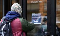 Dėl pandemijos JAV darbo rinkai suduotas rekordinis smūgis