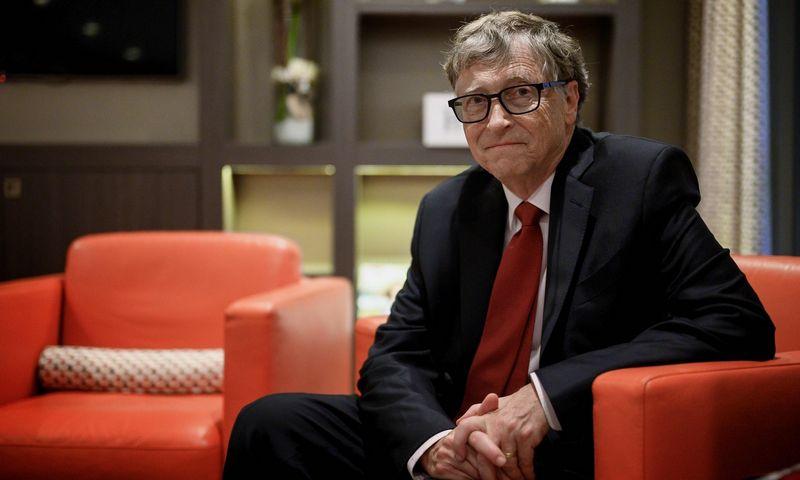 """Billas Gatesas, """"Microsoft"""" įkūrėjas ir filantropas. Jeffo Pachoudo (AFP/""""Scanpix"""") nuotr."""