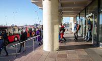 Grįžtančiųjų iš Londono laukiama penktadienį, skrydis iš Tenerifės atidėtas