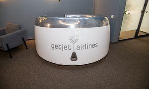 """Vilniaus """"GetJet Airlines"""" atleidžia 370 darbuotojų"""