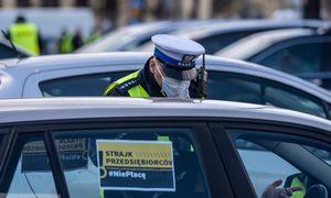 Varšuvoje verslininkai surengė protestą, reikalaudami valstybės pagalbos