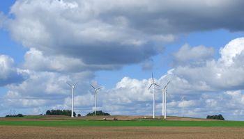 """""""Plungės vėjo energija"""" ketina statyti 20 vėjo jėgainių parką"""