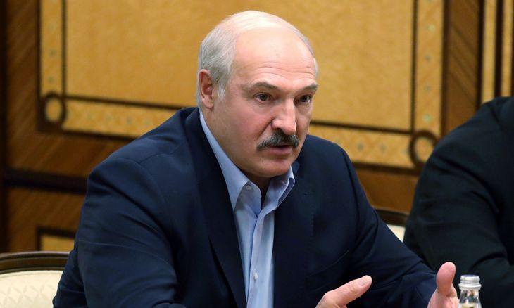 A. Lukašenka atkirto G. Nausėdai: tegu užsiima savo virusu
