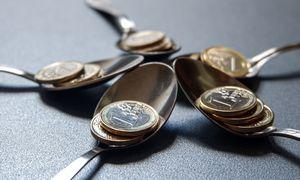 Kenčiančiam verslui ir finansinę paramą skiria, irsprendimus siūlo