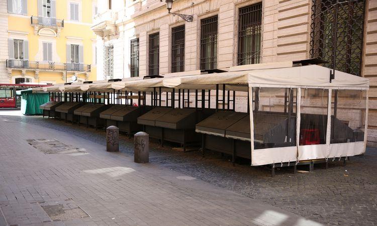 Italijos verslo aktyvumas smuko į istorines žemumas