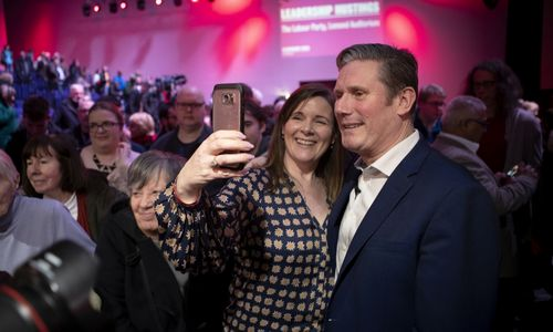 Naujuoju JK Leiboristų partijos vadovu išrinktas K. Starmeris