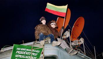 Pavasaris be benzino: 1990-ųjų ekonominė Lietuvos blokada