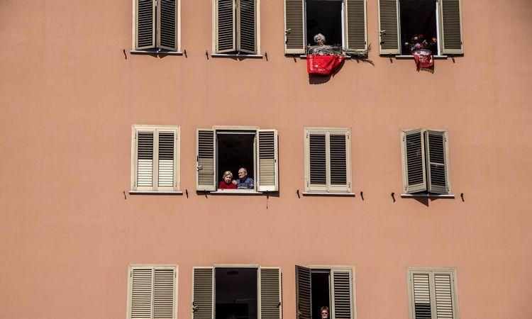 Italijoje užfiksuotas mažiausias paros mirčių nuo koronaviruso skaičius per dvi savaites