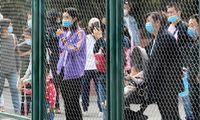 Kinijoje į vėl atidaromas turistines vietas plūstelėjo lankytojų minios