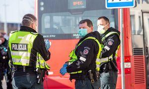 FNTT gaudo nelegalius prekeivius, policija - karantino pažeidėjus