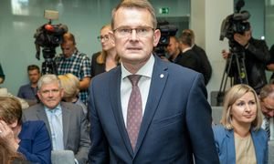 Seimo nariai nesutiko atleisti A. Dulkį išvalstybės kontrolierių
