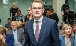Seimo nariai nesutiko atleisti A. Dulkio išvalstybės kontrolierių