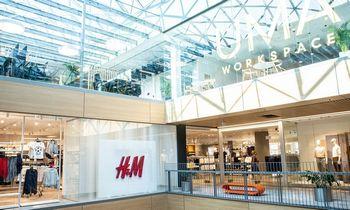 """H&M karpo kaštus, """"Lindex"""" savininkė restruktūrizuojasi"""