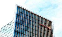 """""""Swedbank"""" leis inicijuoti mokėjimus iš SEB sąskaitų"""