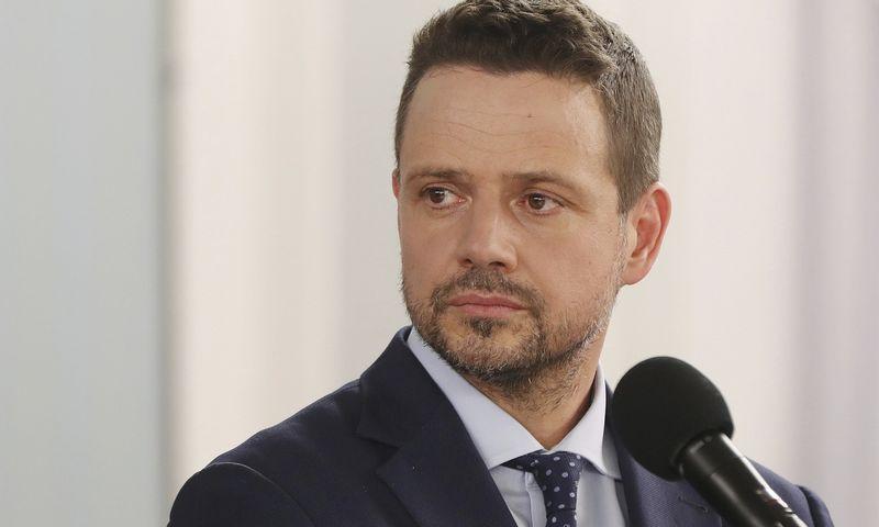 "Rafalas Trzaskowskis. Czareko Sokolowskio (""AP Photo"" / ""Scanpix"") nuotr."