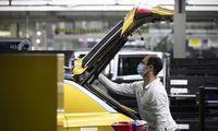 """""""Volkswagen"""": gamybos apimtis nemažinama"""