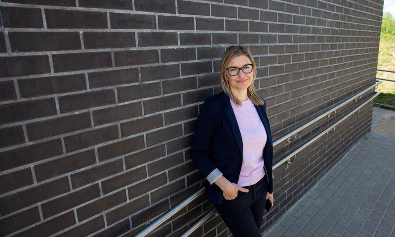"""Medicinos mokslų daktarė Alina Urnikytė, VU Medicinos fakulteto mokslininkė: """"Globalizacijos sumažintame pasaulyje mes, lietuviai, vis dar esame unikalūs, nes išsaugojome savo senąjį, grynąjį geną"""". Juditos Grigelytės (VŽ) nuotr."""
