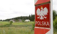 Lenkija pratęsė sienų kontrolę, atsiverti planuoja birželio viduryje