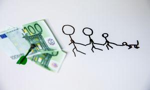 Darbuotojams jau išmokėta beveik trečdalis įvairių subsidijų