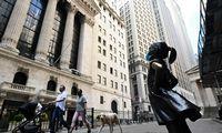 Prieš investuotojų rožinius lūkesčius – primirštos rizikos