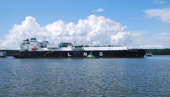 Į Klaipėdą atplaukė naujas dujų krovinys iš JAV