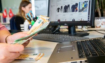 VMI akyliau stebi internetinę prekybą