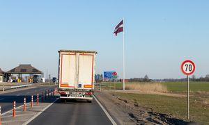 Pasienyje su Latvija auga keliautojų srautai