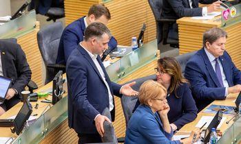 Artėjant rinkimams Seimas prisiminė pernai atliktą buvusios krizės tyrimą