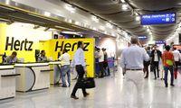 """""""Hertz"""" franšizės savininkė dėl bankroto JAV nesijaudina: šis prekės ženklas neišnyks"""