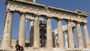 Graikija nuo birželio 15 d. įsileis 29 šalių, įskaitant Lietuvą, turistus