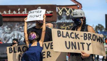 JAV per tris dienas sulaikyta beveik 1.700 protestuotojų