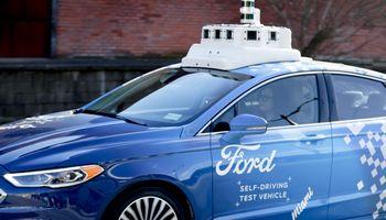 """VW ir """"Ford"""" artėja prie milijardinės vertės bendradarbiavimo susitarimo"""
