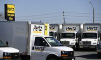 """Bankrutuojanti """"Hertz"""" premijomis mėgina išsaugoti vadovų komandą"""