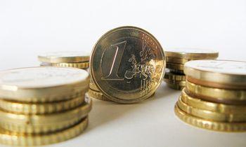 Biudžeto pajamos gegužę smuko 29,6%, birželį atšokimo nelaukia