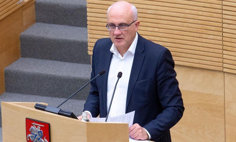 Krizė tirta buvusio Seimo Biudžeto ir finansų komiteto pirmininko Stasio Jakeliūno iniciatyva. Juditos Grigelytės (VŽ) nuotr.