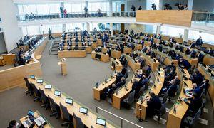 Grupė parlamentarų siūlo Lietuvoje suteikti prieglobstį Honkongo žmonėms